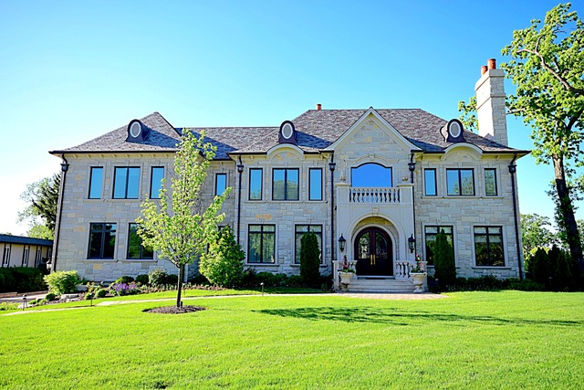 Oak Brook                                                                      , IL - $4,500,000