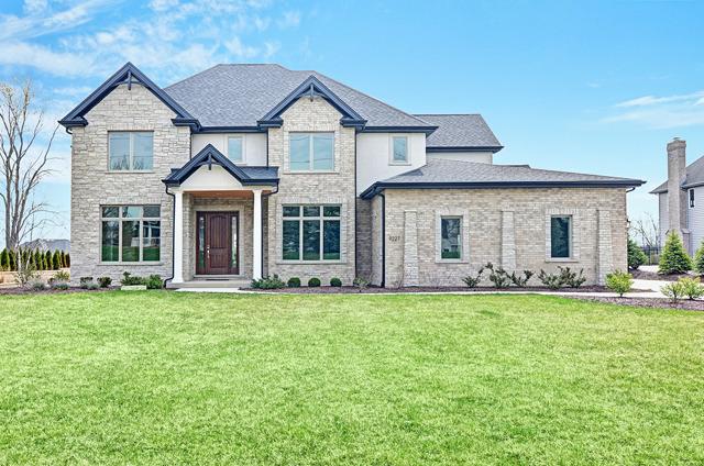 9227 South Garfield Avenue, Burr Ridge IL 60527