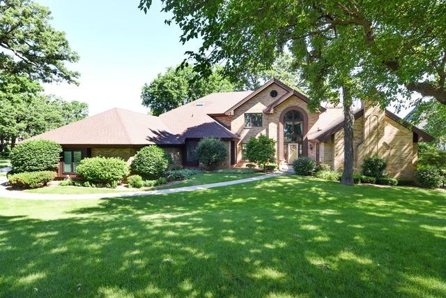 208 Indian Trail Road, Oak Brook IL 60523
