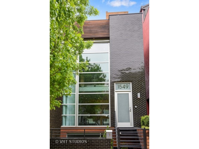 1549 North HONORE Street, Chicago IL 60622