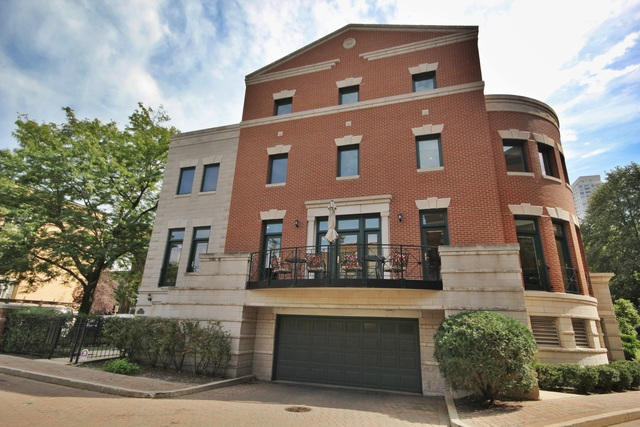 425 West Dickens Avenue Unit I, Chicago IL 60614