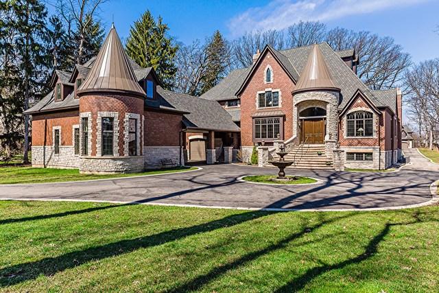 Oak Brook                                                                      , IL - $2,590,000