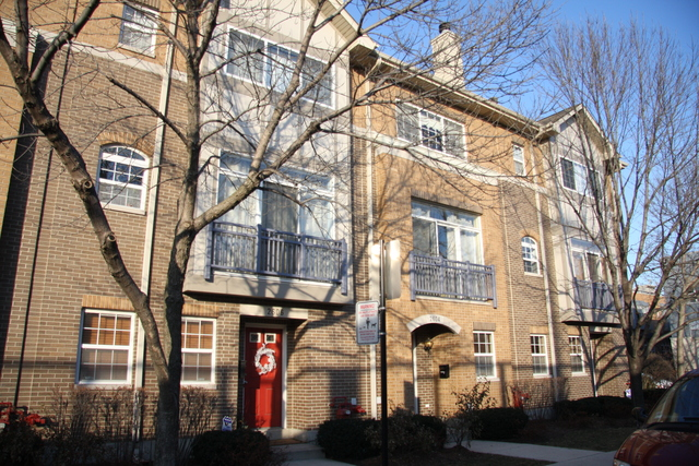 2604 West Bloomingdale Avenue, Chicago IL 60647