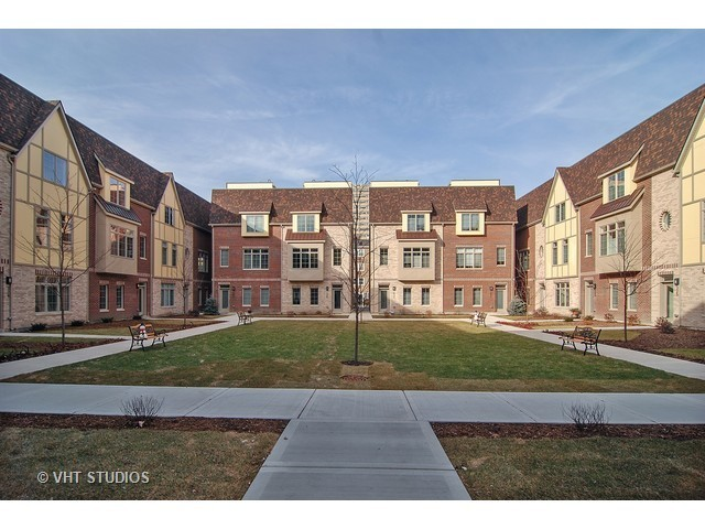 101 North Euclid Avenue Unit 7 Oak Park IL 60301