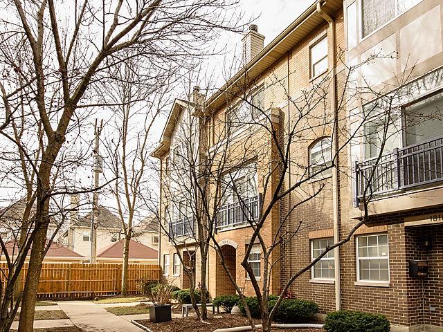 1816 North Rockwell Street Unit E, Chicago IL 60647