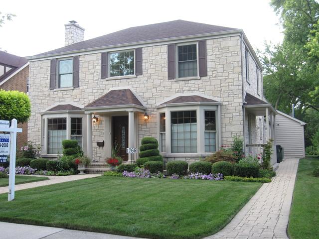 1766 GROVE Street, Glenview IL 60025