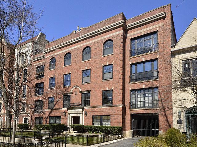 460 West BARRY Avenue Unit 3E, Chicago IL 60657