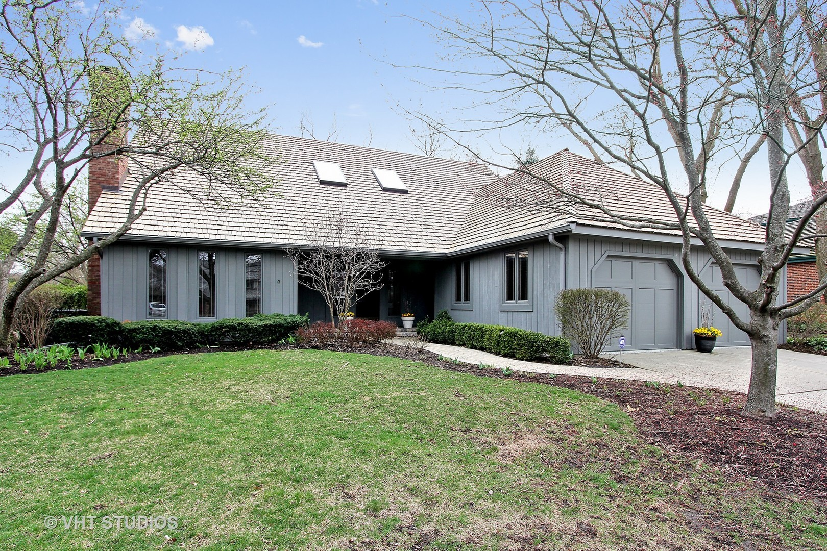 913 Windhaven Road, Libertyville IL 60048