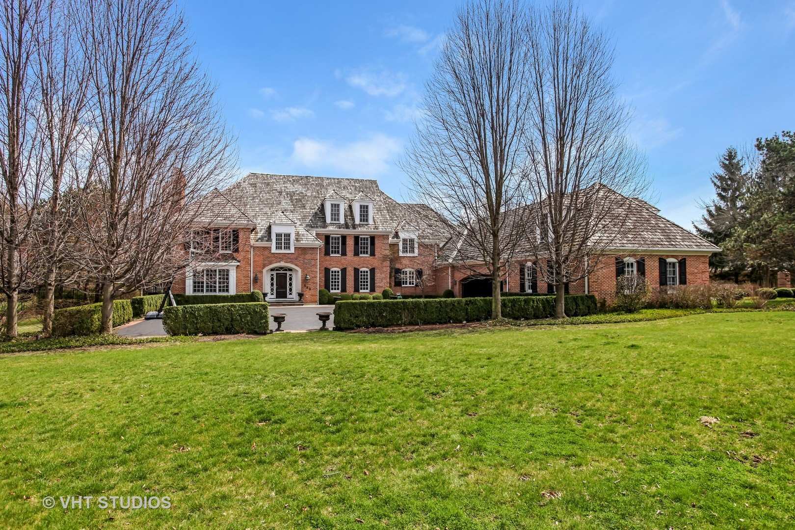 549 North MAYFLOWER Road, Lake Forest IL 60045