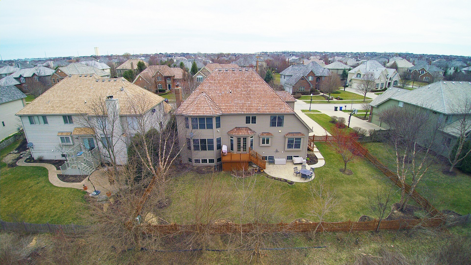 south elgin il single family 702 waters edge drive 09657111