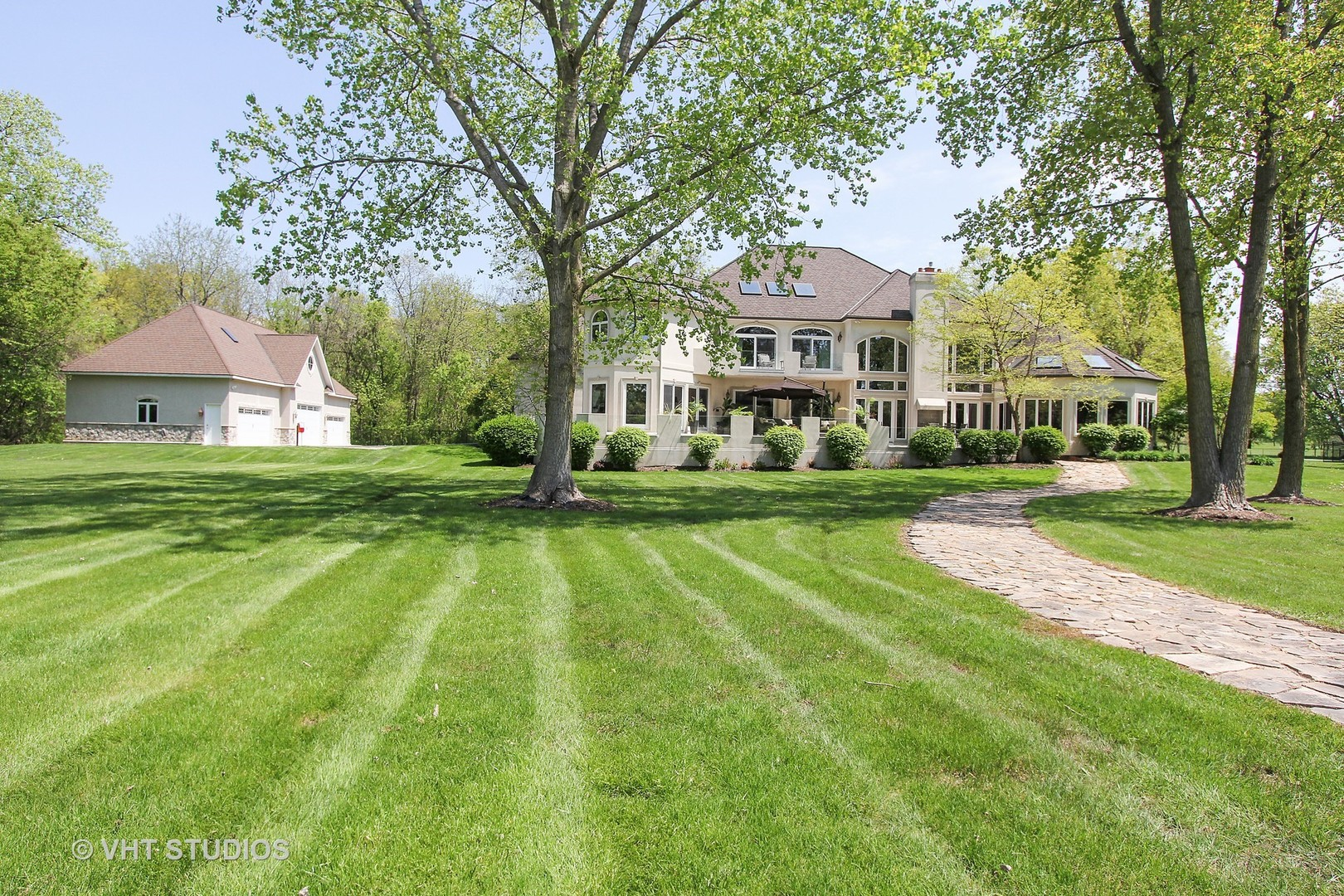 Property for sale at 2315 North Woodlawn Park Avenue, Mchenry,  IL 60051