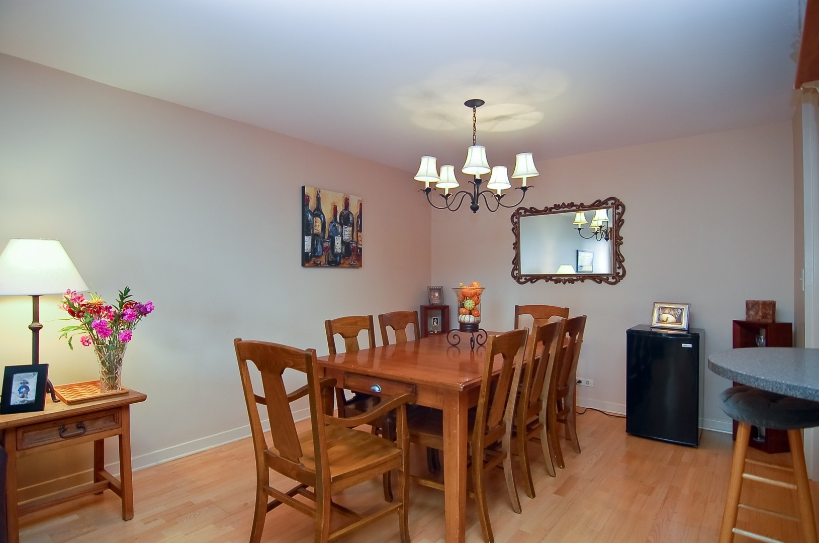Hd 1497289698835 06 2626nlakeview unit301 2 diningroom hires