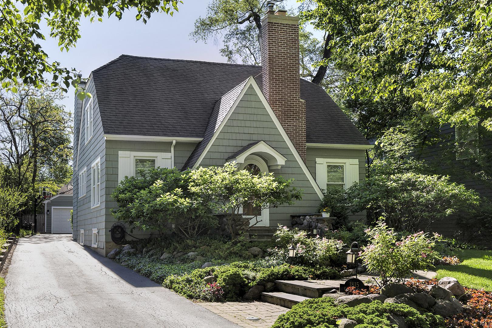 1815 Elmwood Drive, Highland Park IL 60035
