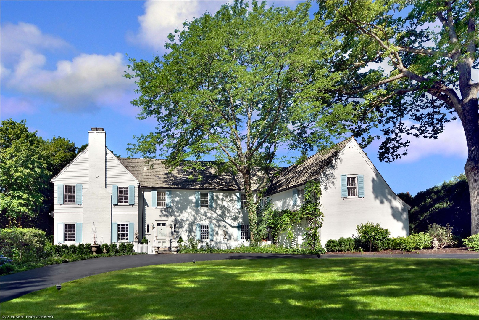 650 Lake Road, Lake Forest IL 60045