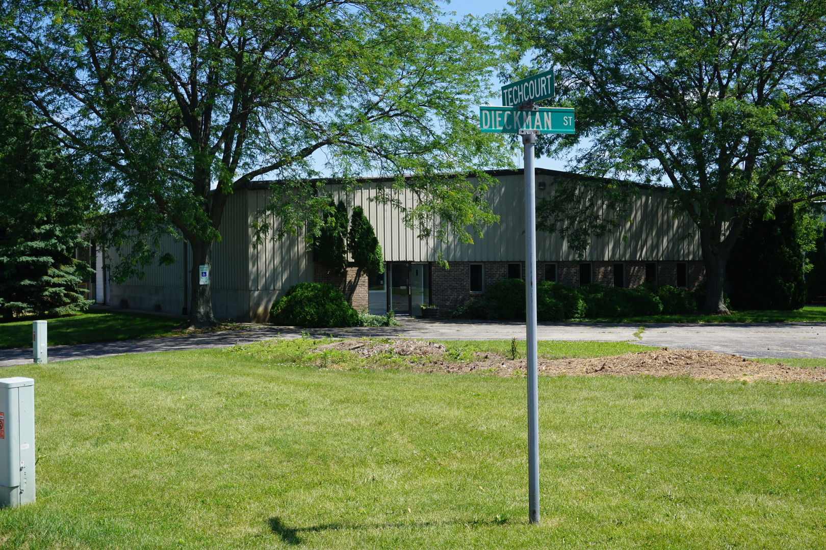 Property for sale at 940 Dieckman Street, Woodstock,  IL 60098
