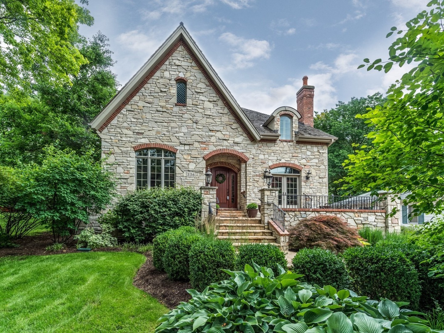 336 South Loomis Street, Naperville IL 60540