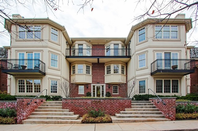 333 East Westminster Road Unit 3B, Lake Forest IL 60045