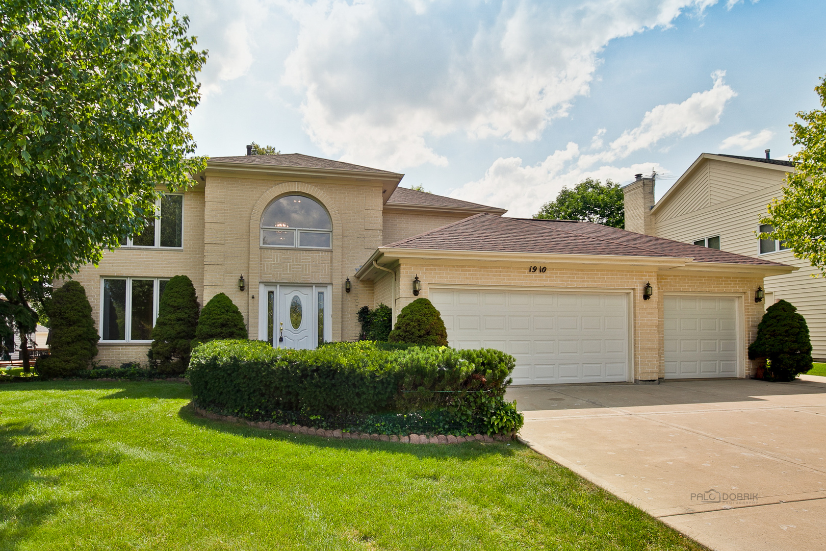 buffalo grove See what it's like to live in buffalo grove, il explore reviews and statistics on crime, real estate, and cost of living.