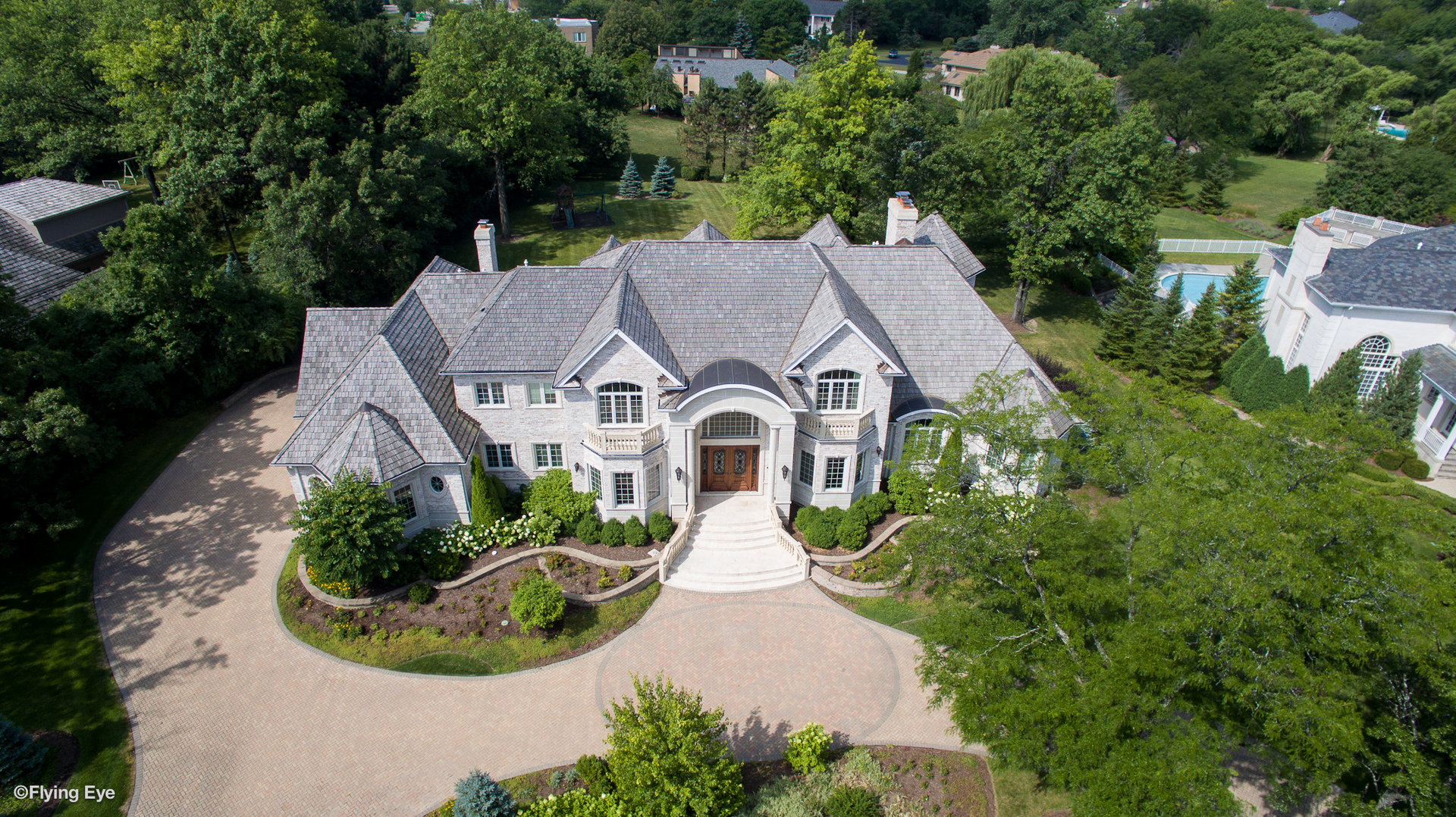 Oak Brook                                                                      , IL - $3,449,000