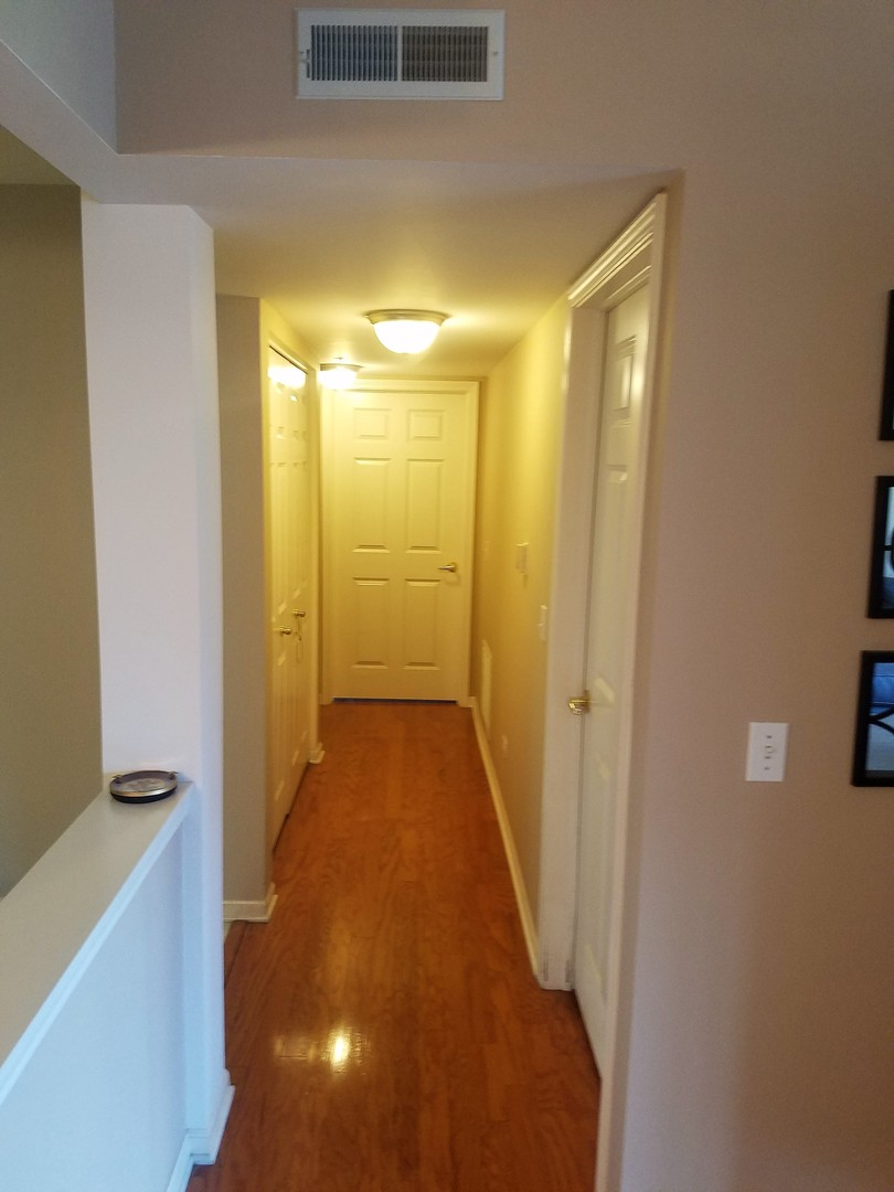 7071 West Touhy Avenue #502