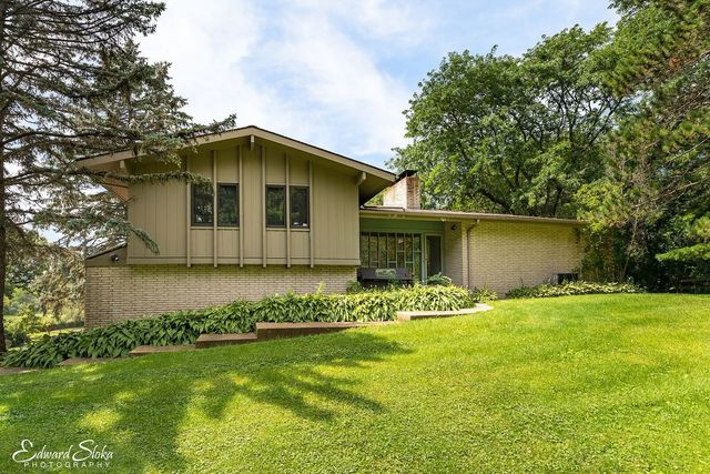 Property for sale at 4101 Oak Ridge Road, Crystal Lake,  IL 60012