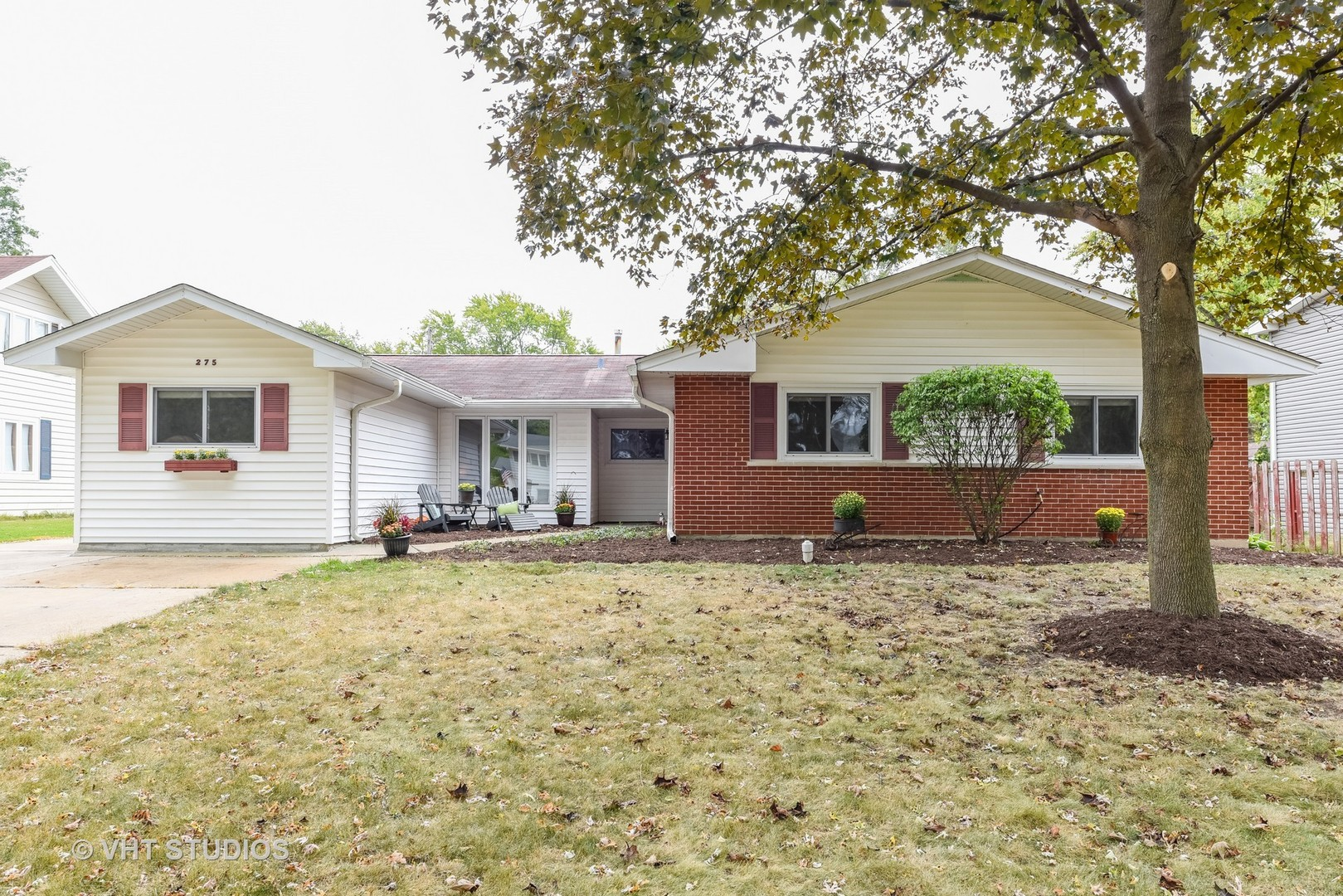 Property Photo For 21W275 Glen Park Road, LOMBARD, IL 60148, MLS # 09759575