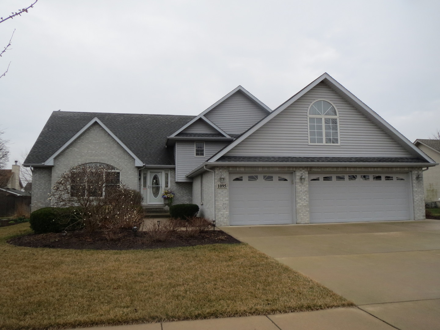 Property for sale at 1095 Crystal Lane, Diamond,  IL 60416