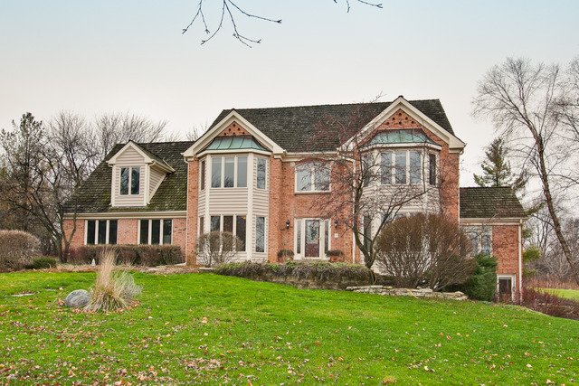 3936 Lakeview Court, Long Grove IL 60047