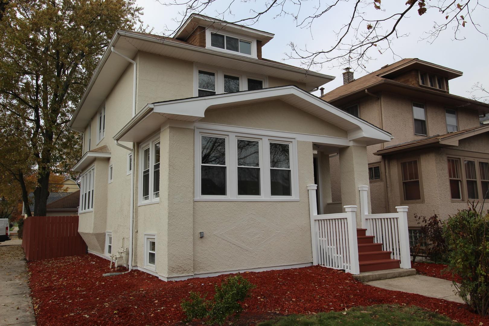 1001 Mapleton Avenue, Oak Park IL 60302