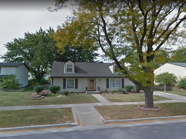 100 South Deerpath Drive, Vernon Hills IL 60061