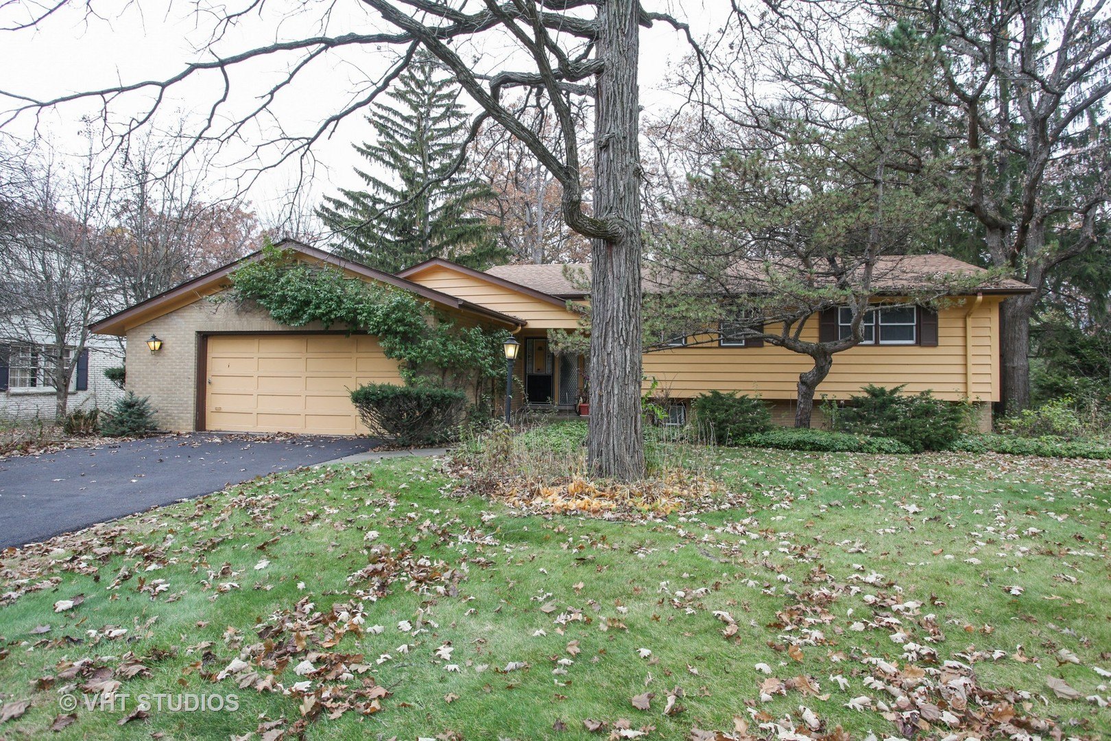 1070 Timber Lane, Lake Forest IL 60045