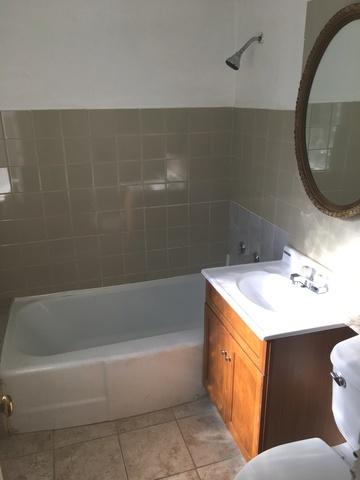 Guest House-Bathroom