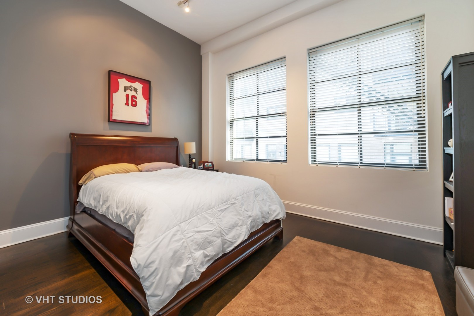 5 WABASH Street, Chicago, Illinois 60602, 2 Bedrooms Bedrooms, ,2 BathroomsBathrooms,Attached Single,For Sale,WABASH,09813355