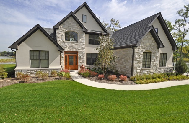 22 West Old Meadow Trail, Long Grove IL 60047