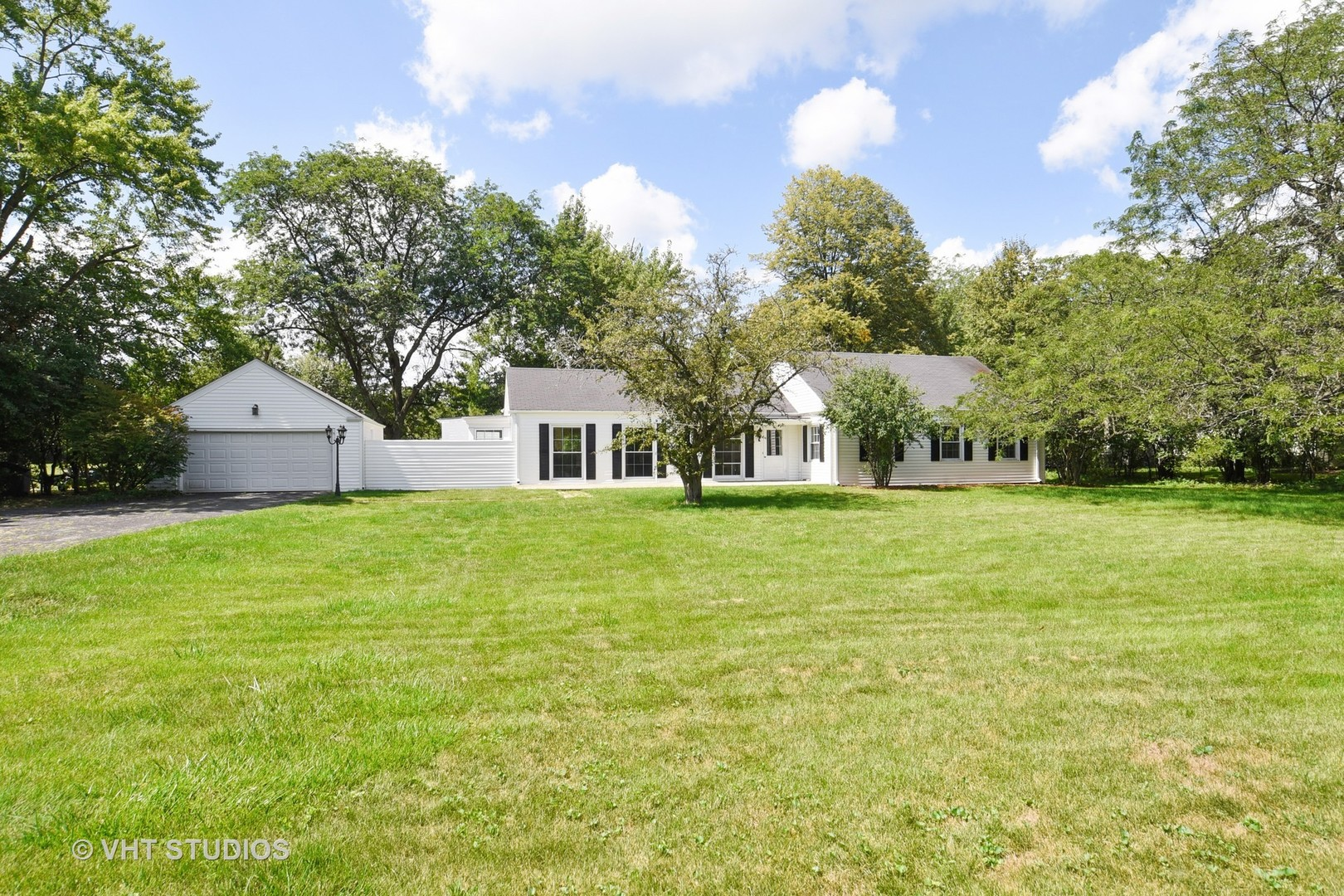 858 Oak Knoll Drive, Lake Forest IL 60045