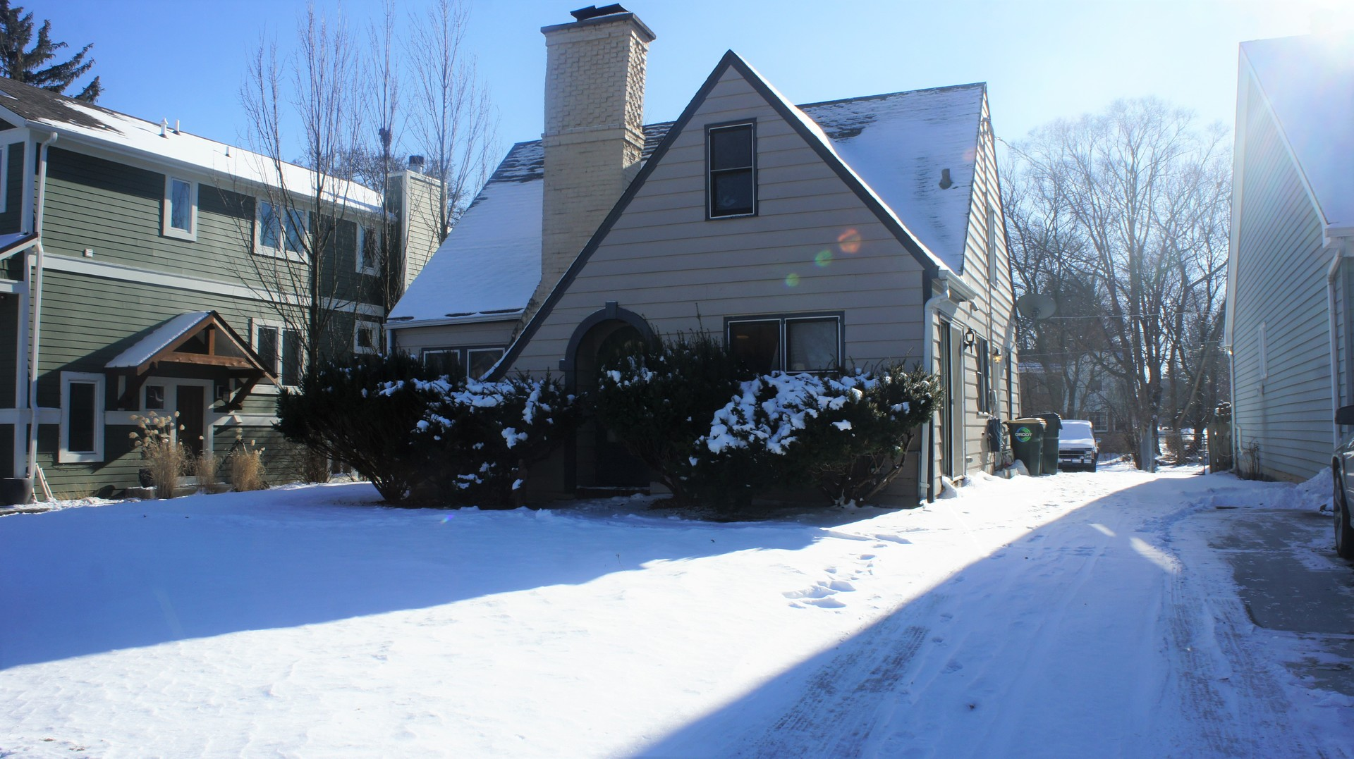 717 Meadow Lane, Libertyville IL 60048
