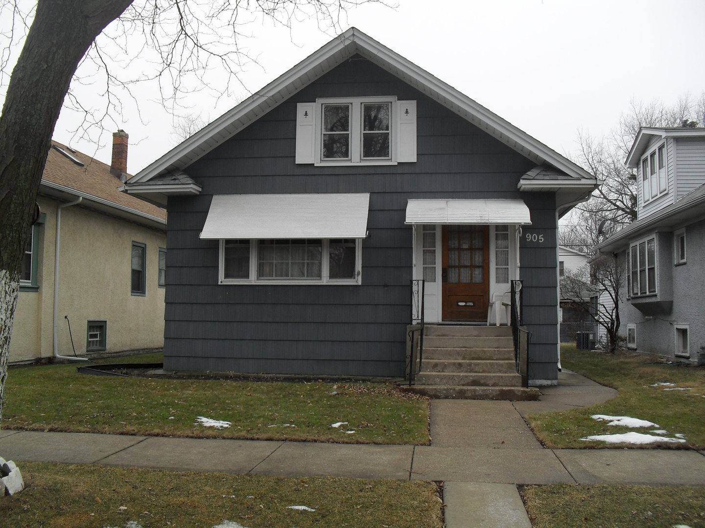 905 North TAYLOR Avenue, Oak Park IL 60302