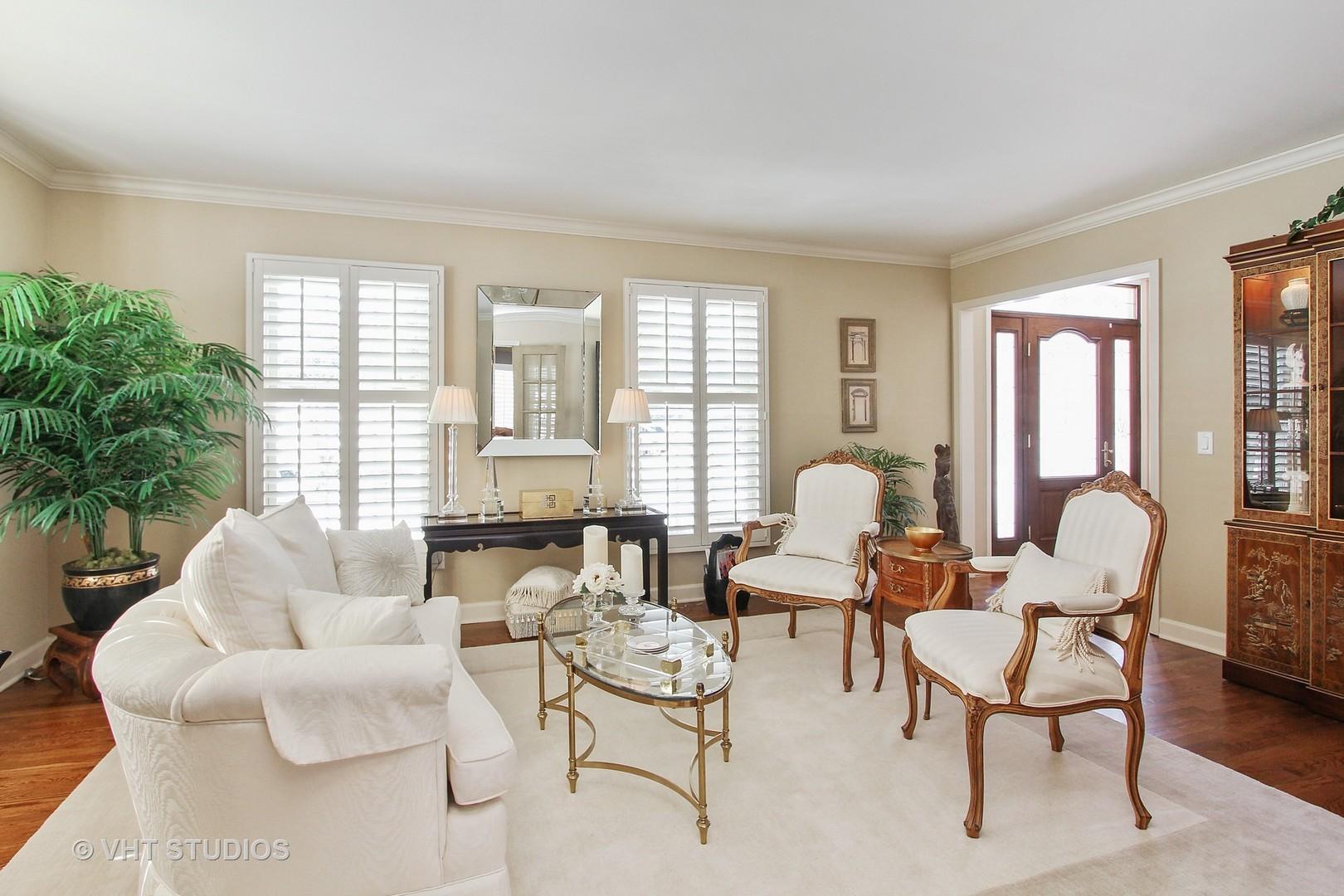 28 Saint John Drive, Hawthorn Woods, IL, 60047 | Prime Real Estate ...