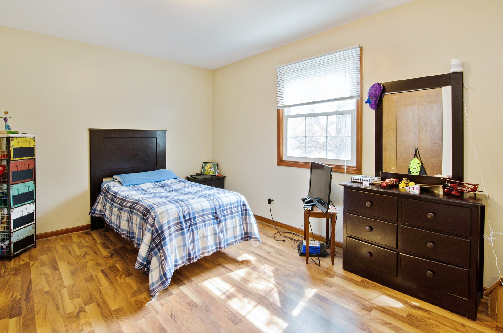 north salt lake big and beautiful singles Riverwalk luxury $300 off has rental units ranging from 795-1189 sq the apartments are beautiful just 12 miles north, salt lake city is a short.
