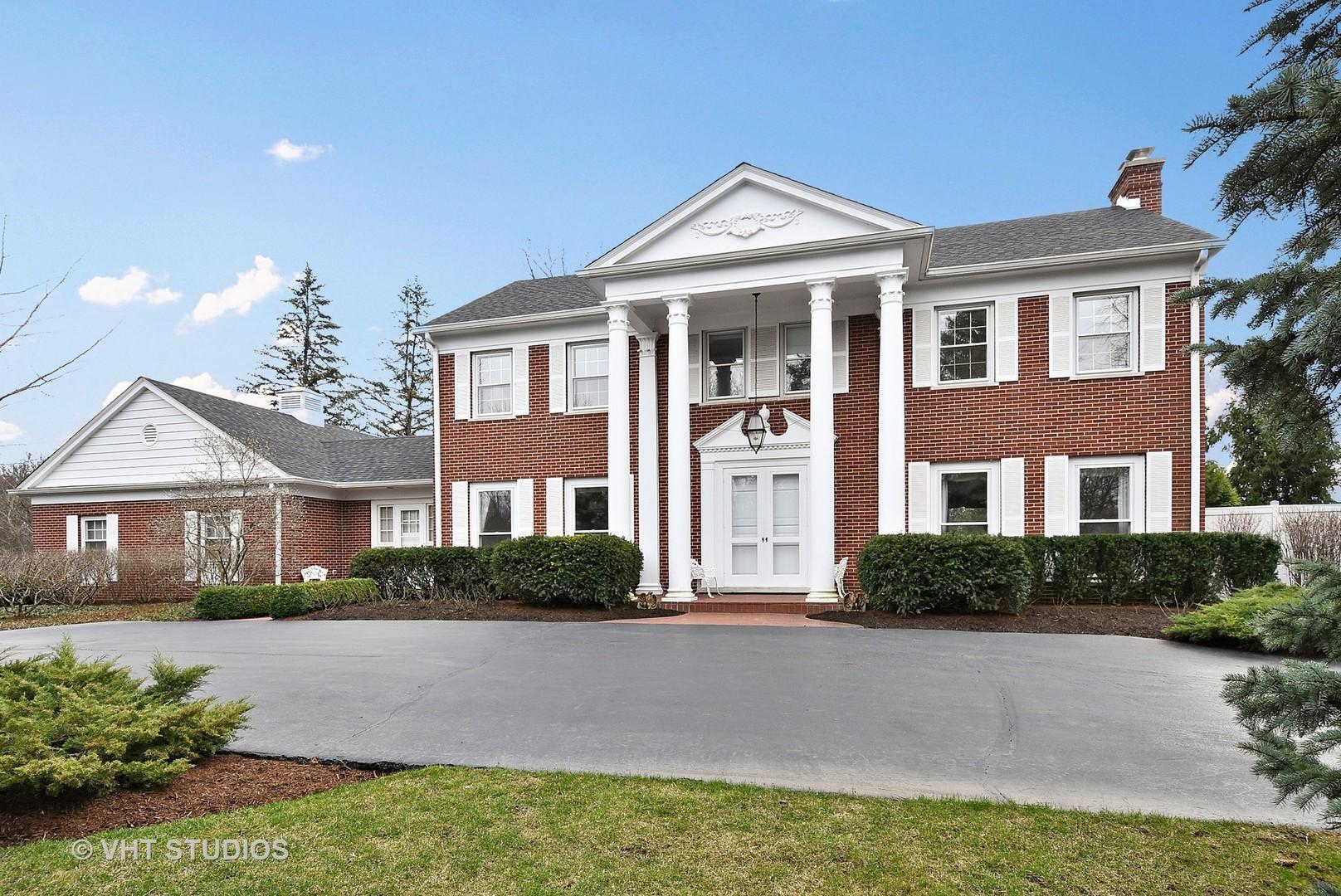Property Photo For 429 Caesar Drive, BARRINGTON HILLS, IL 60010, MLS #  09906315
