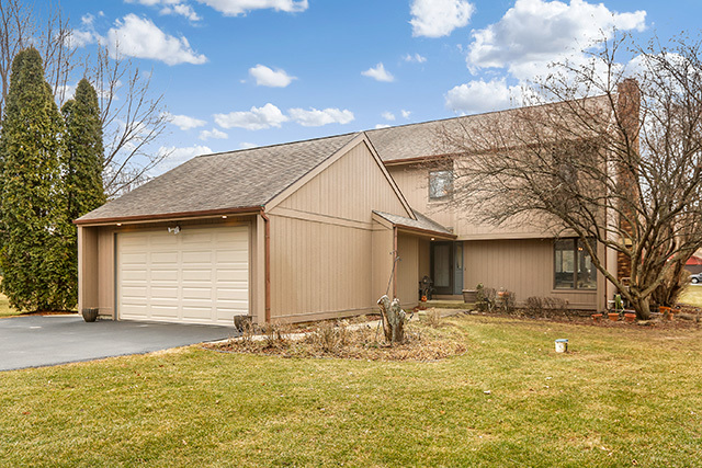 Property for sale at 1423 Charnbrook Drive, Johnsburg,  IL 60051