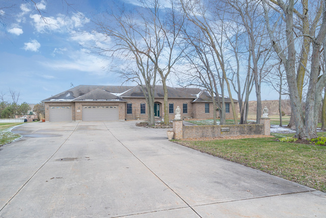 Property for sale at 1855 North Paradise Cove, Morris,  IL 60450