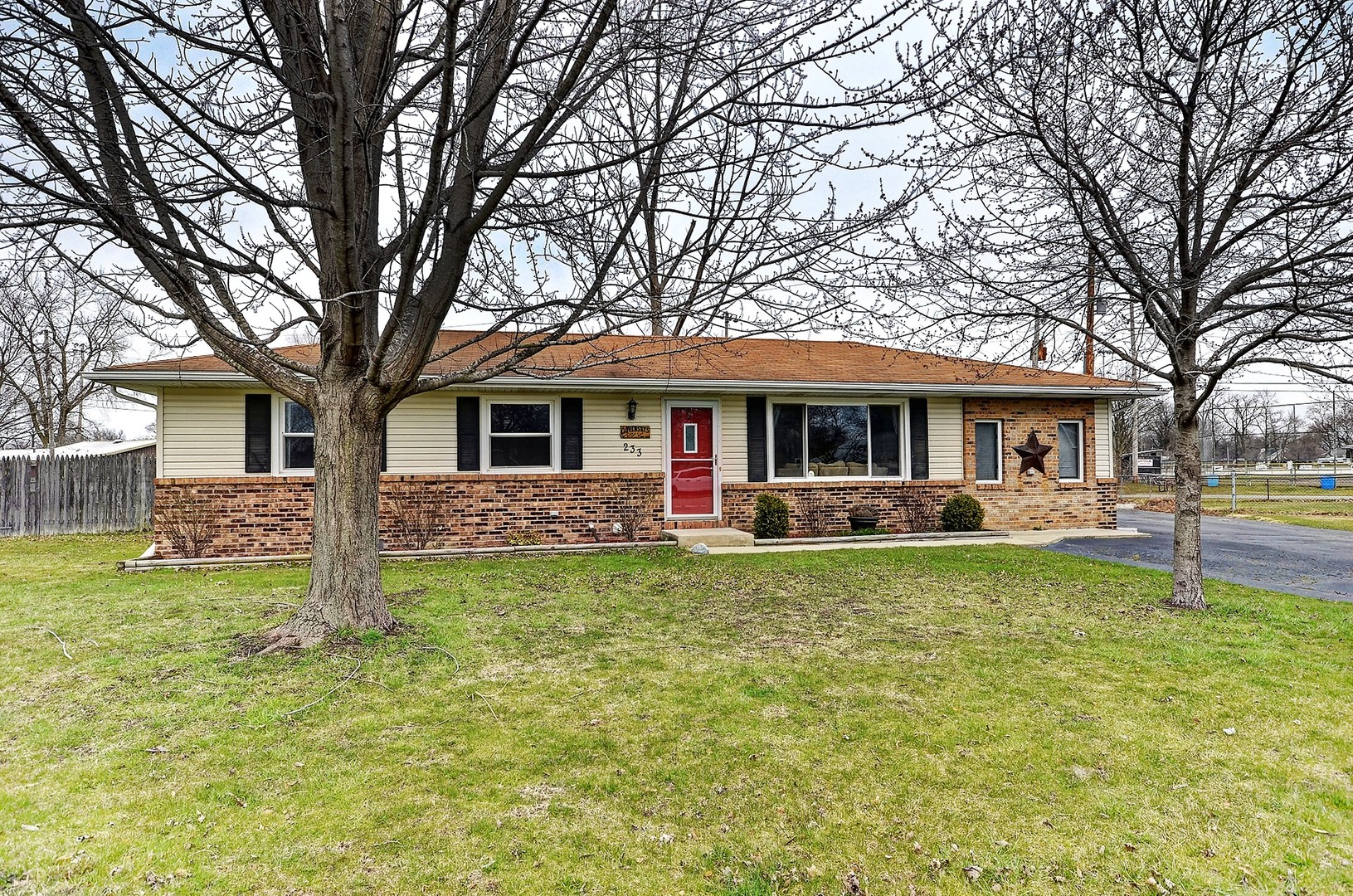 Property for sale at 233 Curtis Court, Braidwood,  IL 60408