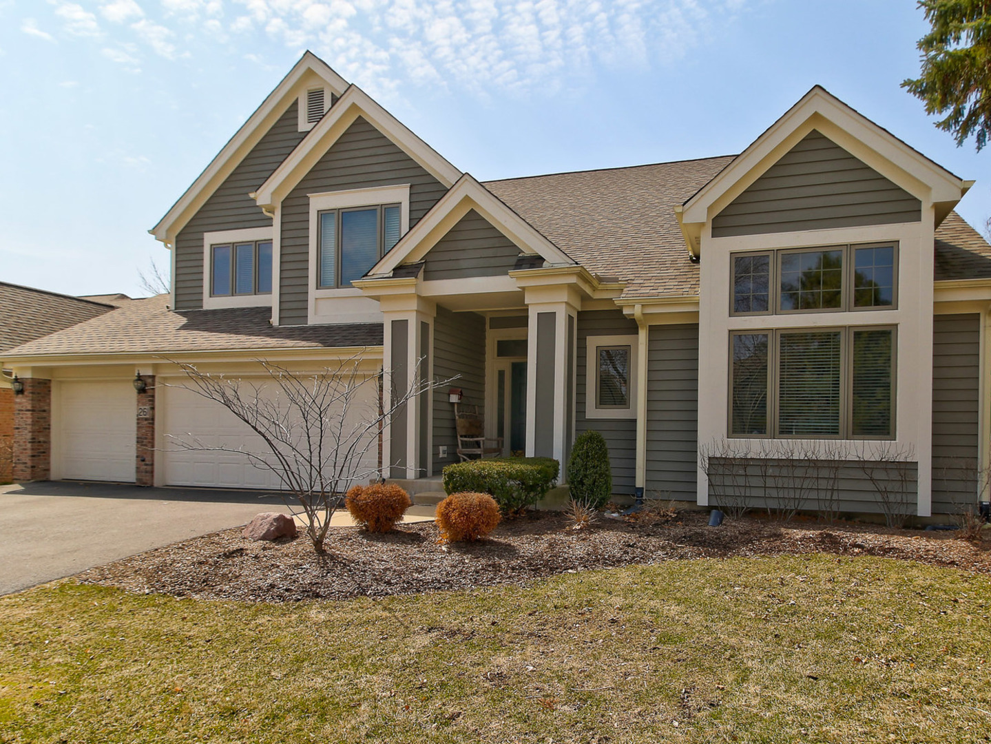 Property for sale at 261 Course Drive, Lake In The Hills,  IL 60156
