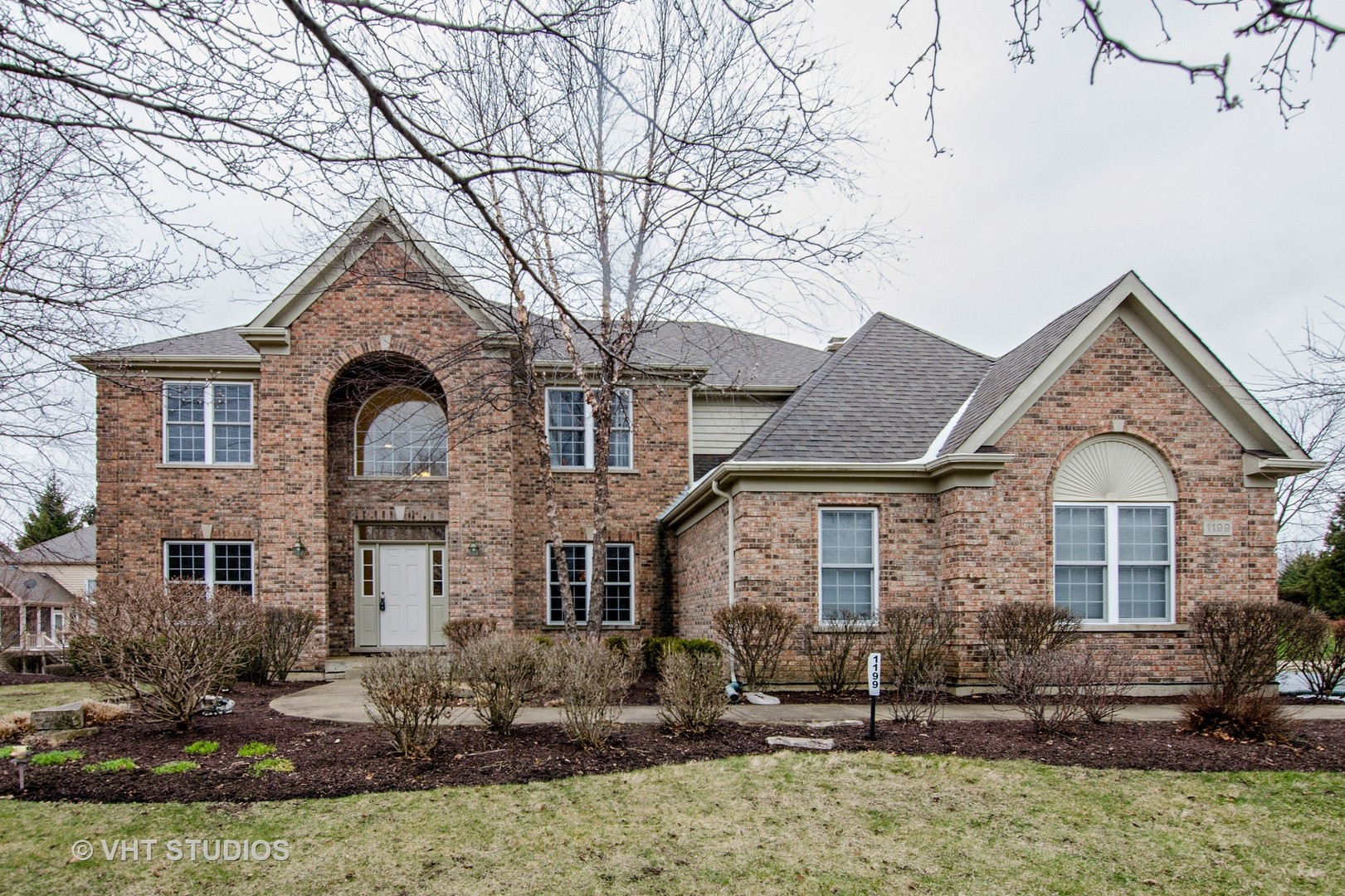 Property for sale at 1199 Ridgewood Circle, Lake In The Hills,  IL 60156