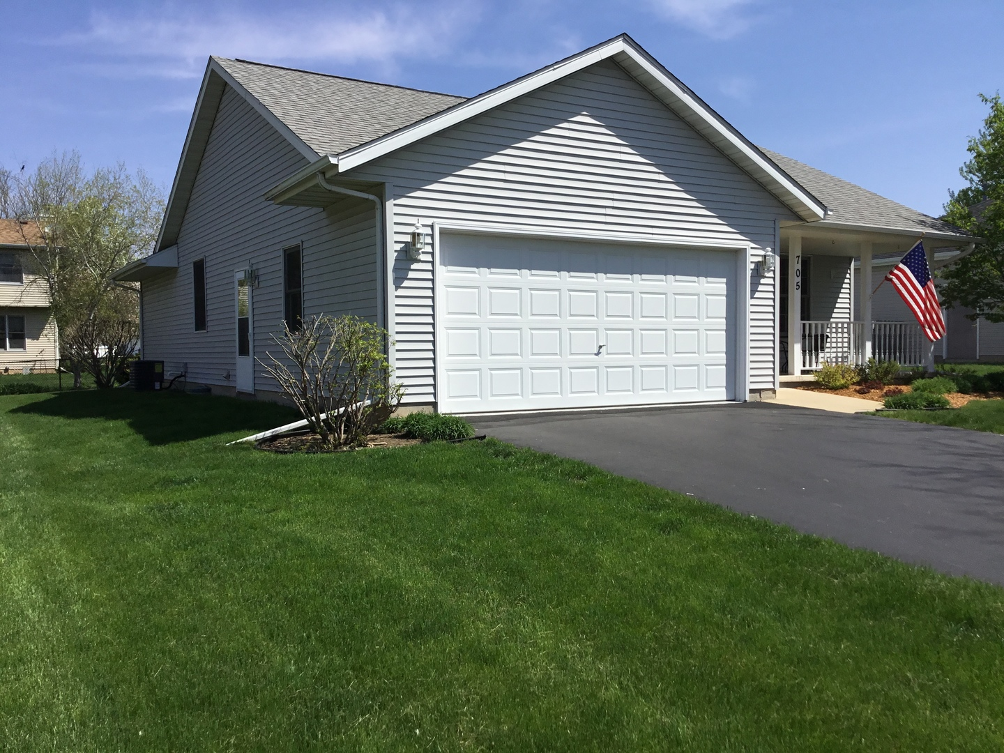 single women in cedar lane W6534 cedar lane, greenville, wi - contact david radtke about this single family home listing in greenville hortonville schools in outagamie county trust coldwell banker the real estate group for the most complete listings in greenville.