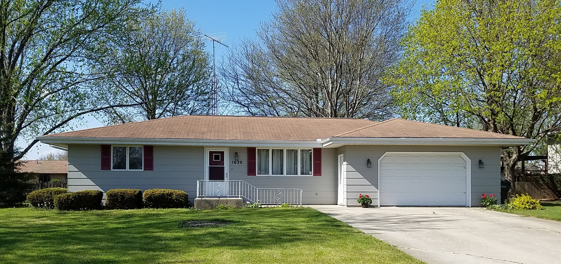Property for sale at 1630 East Stellon Street, Diamond,  IL 60416