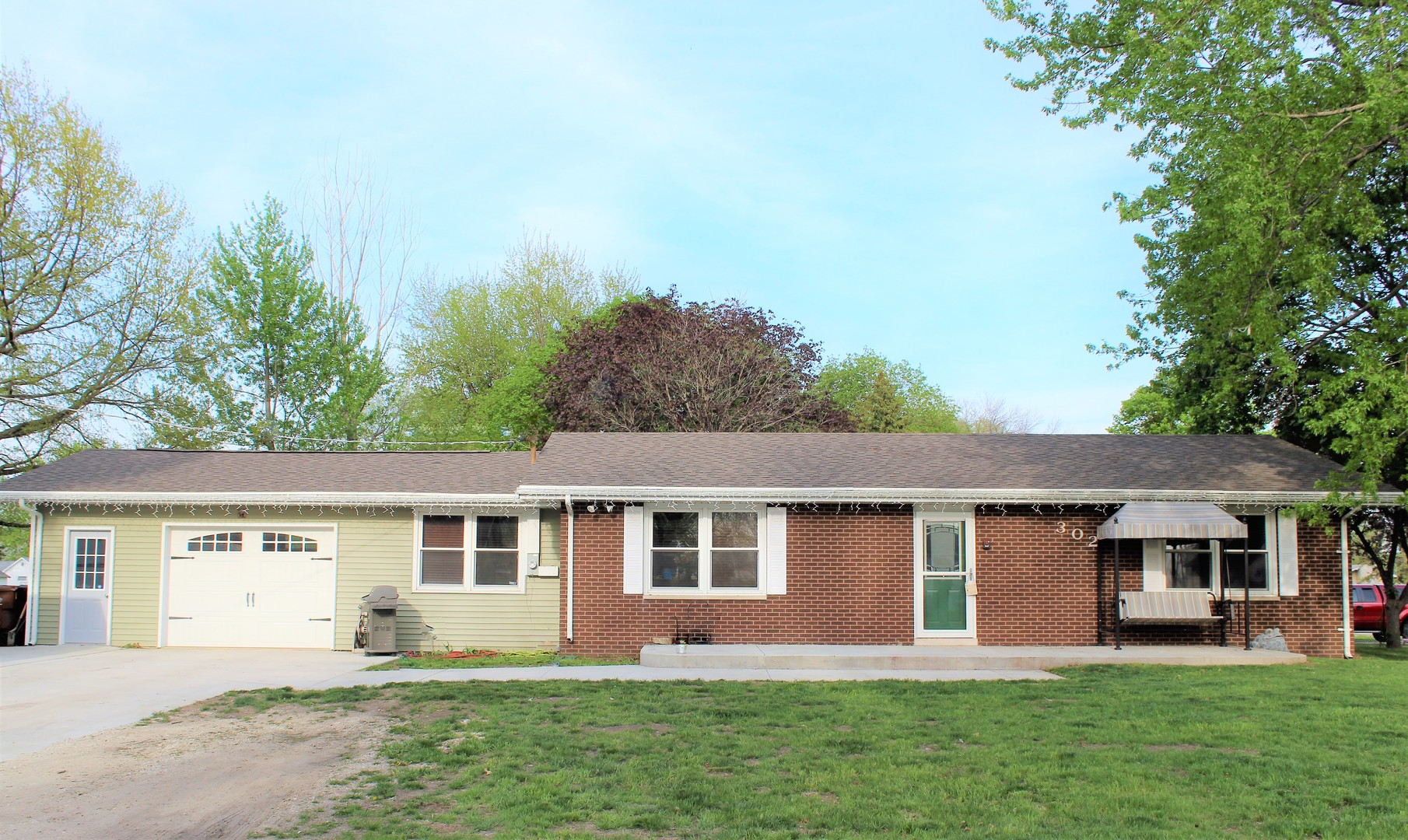 Property for sale at 302 North Railroad Street, Gardner,  IL 60424