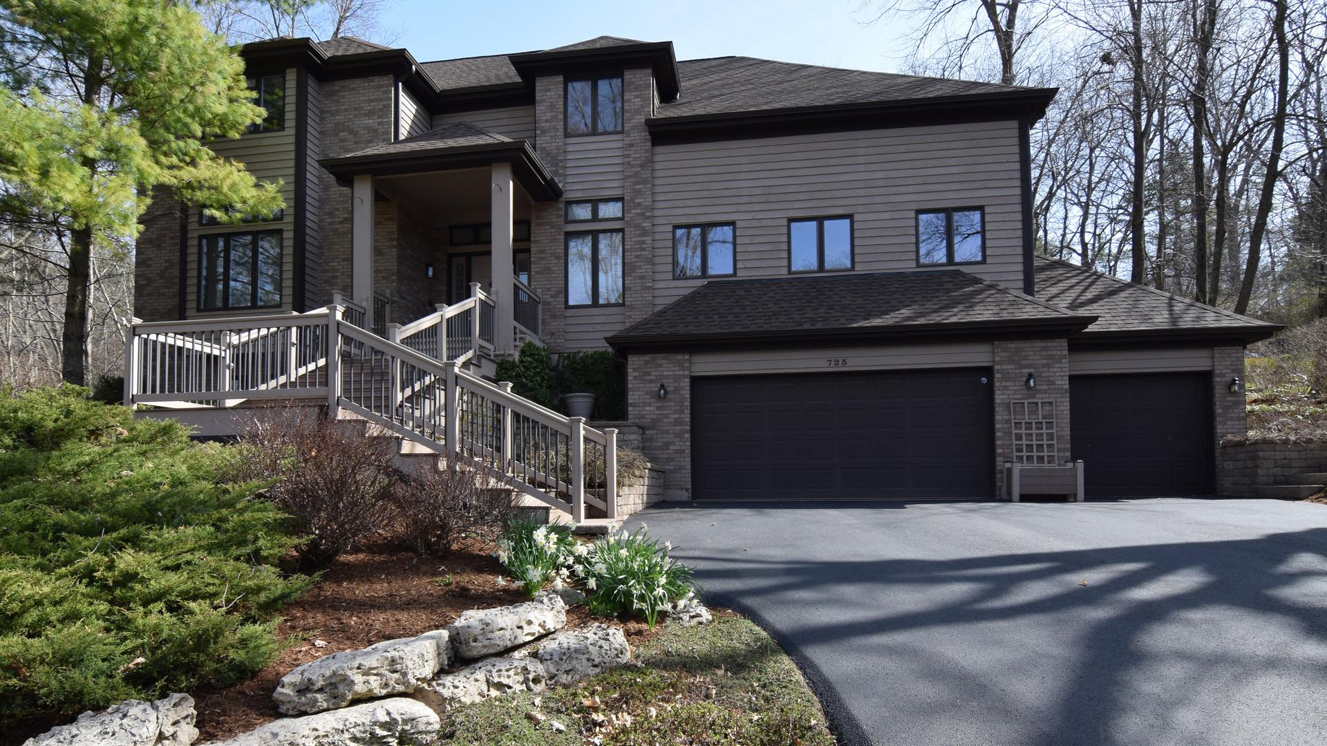 Property for sale at 725 Harper Drive, Algonquin,  IL 60102