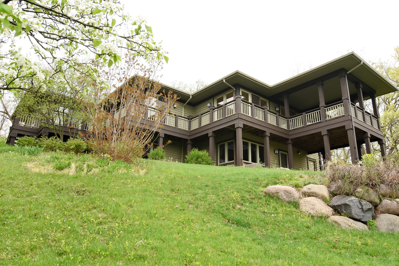 Property for sale at 5701 Edgewood Drive, Algonquin,  IL 60102